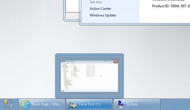 barra de tareas para dos monitores con hermoso diseño