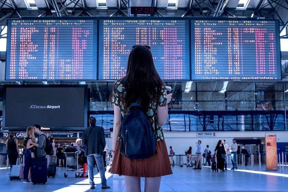 Secretos para viajar en avión a bajo precio